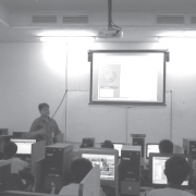 Siswa SMART Ekselensia Indonesia Belajar TIK